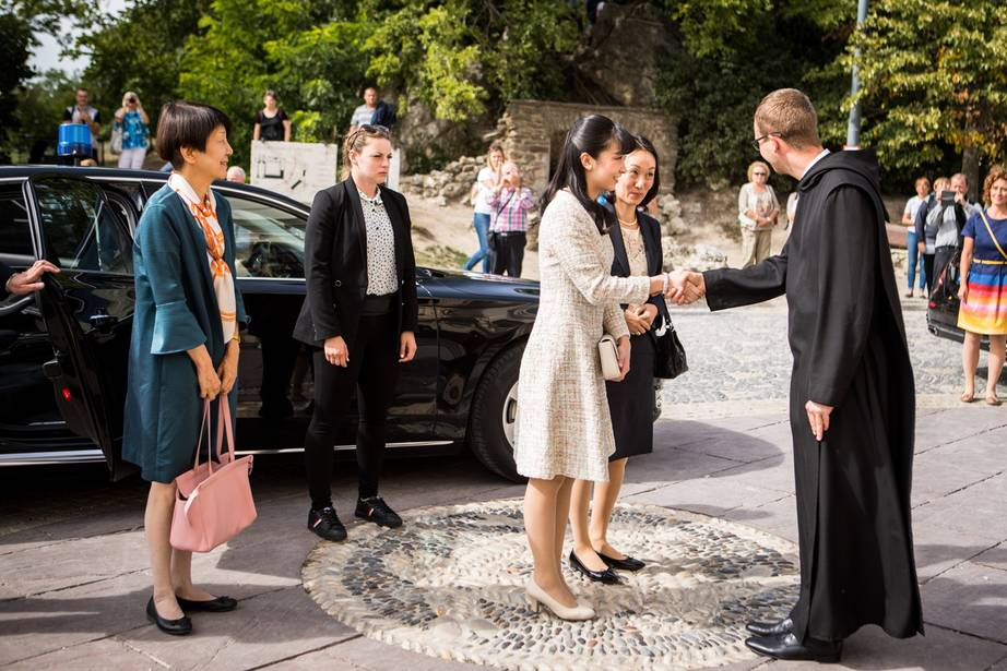 Tihanyban is járt a japán császári hercegnő