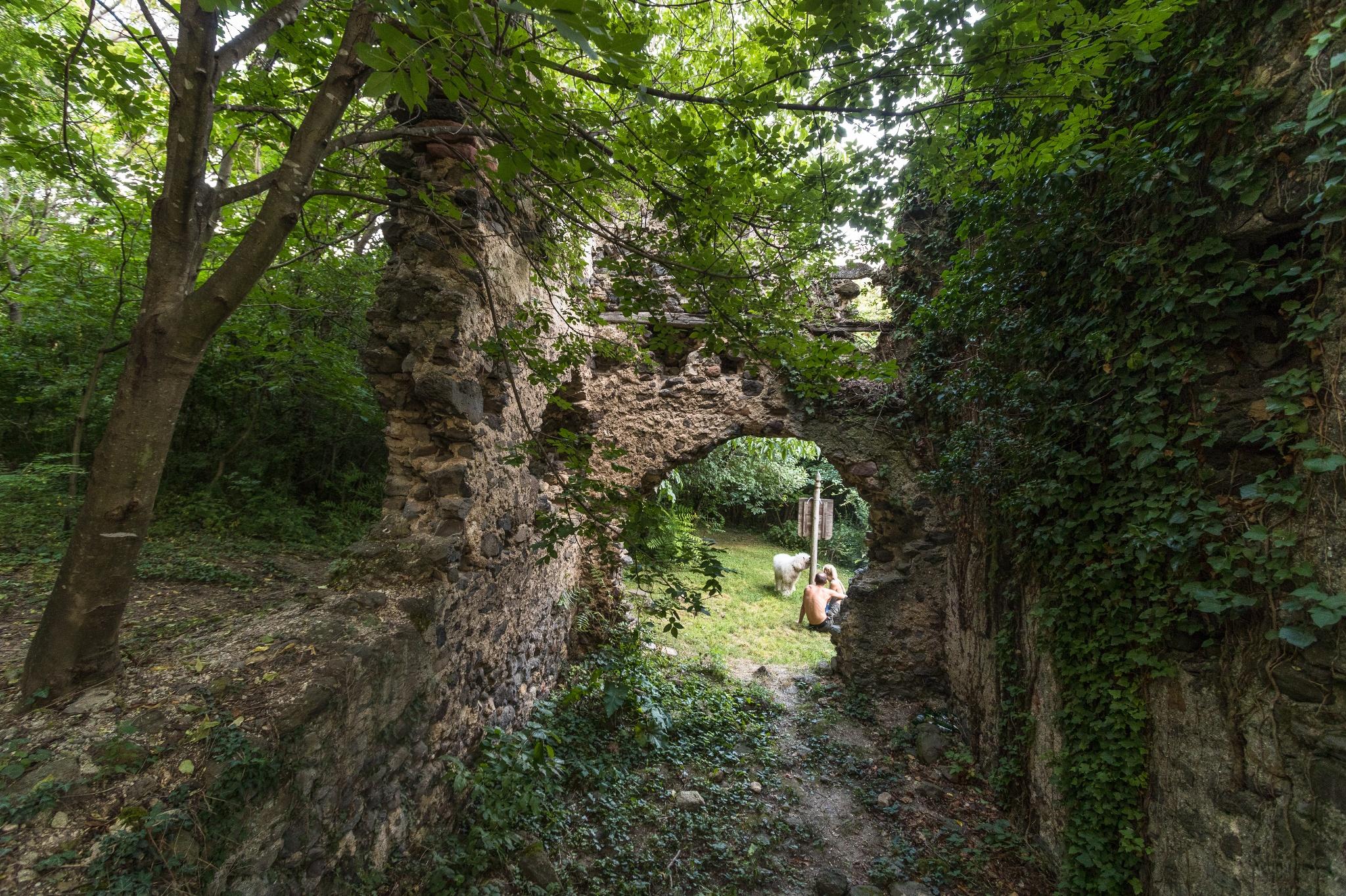 Bakancslistás helyek a Balaton körül – A velétei palotarom
