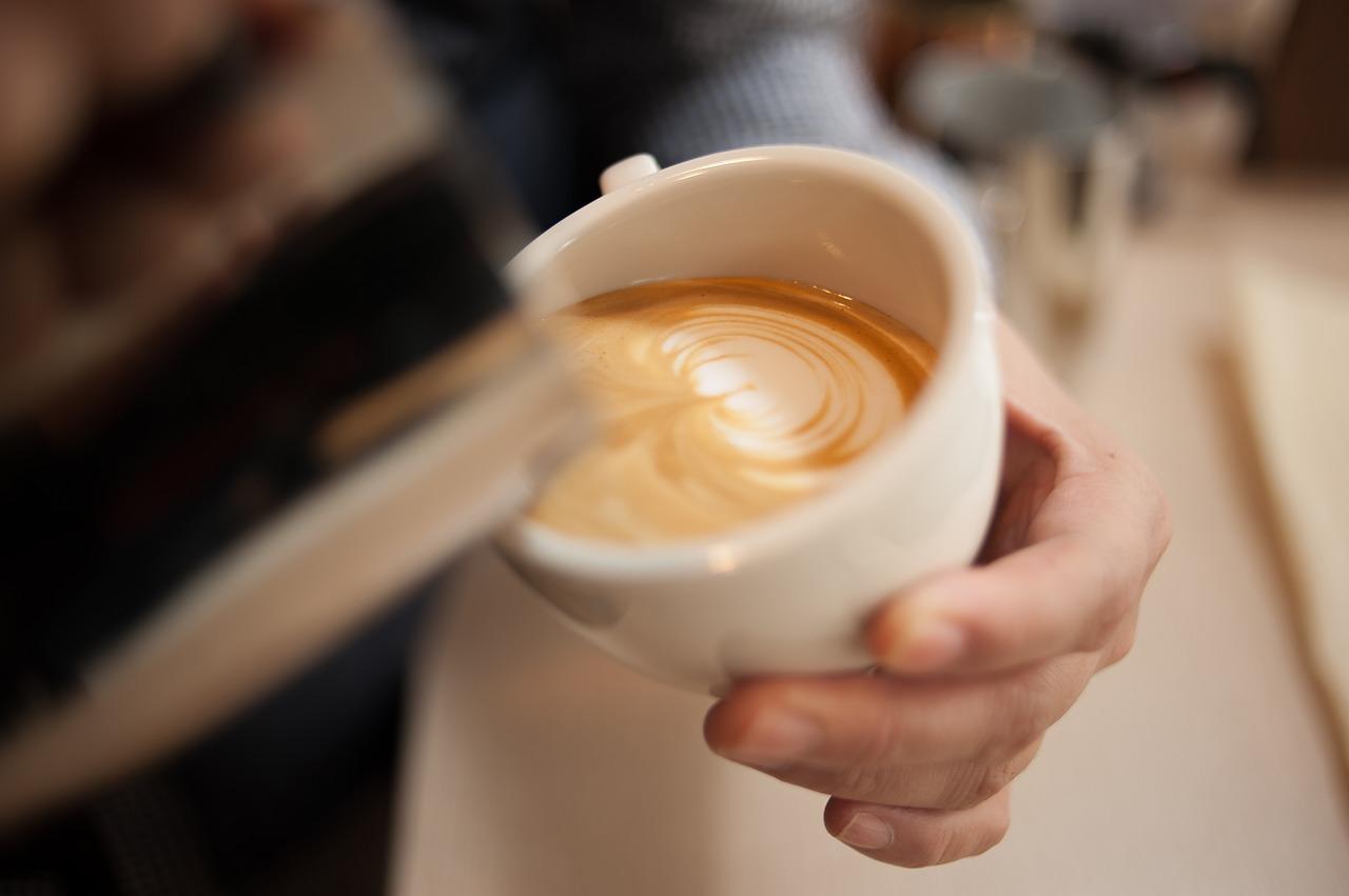 Öt csendes, balatoni kávézó, ahol áthangolódhatsz az őszre