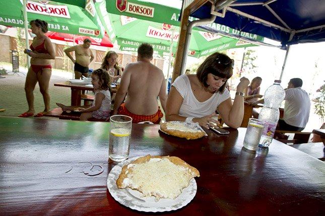 Fogyott a mobilnet rendesen a Balatonnál a nyáron