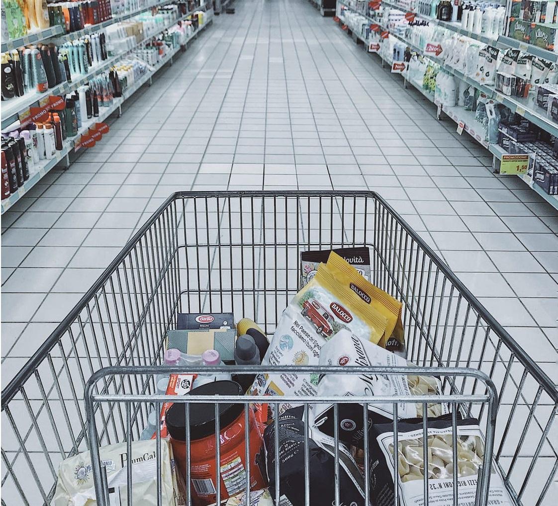 Újra külön vásárlási idősáv vonatkozik az idősekre