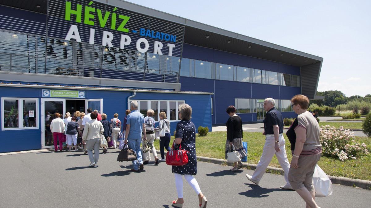 Állami kézre került a sármelléki reptér is
