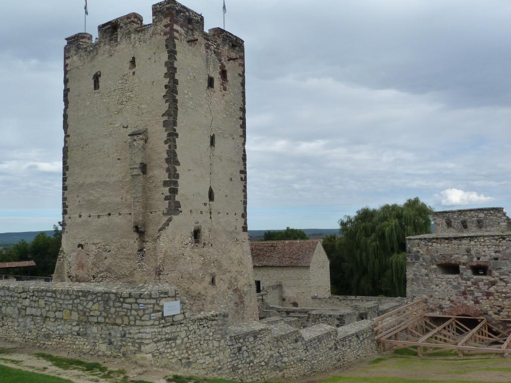 Bakancslistás helyek a Balaton körül – Kinizsi-vár, Nagyvázsony