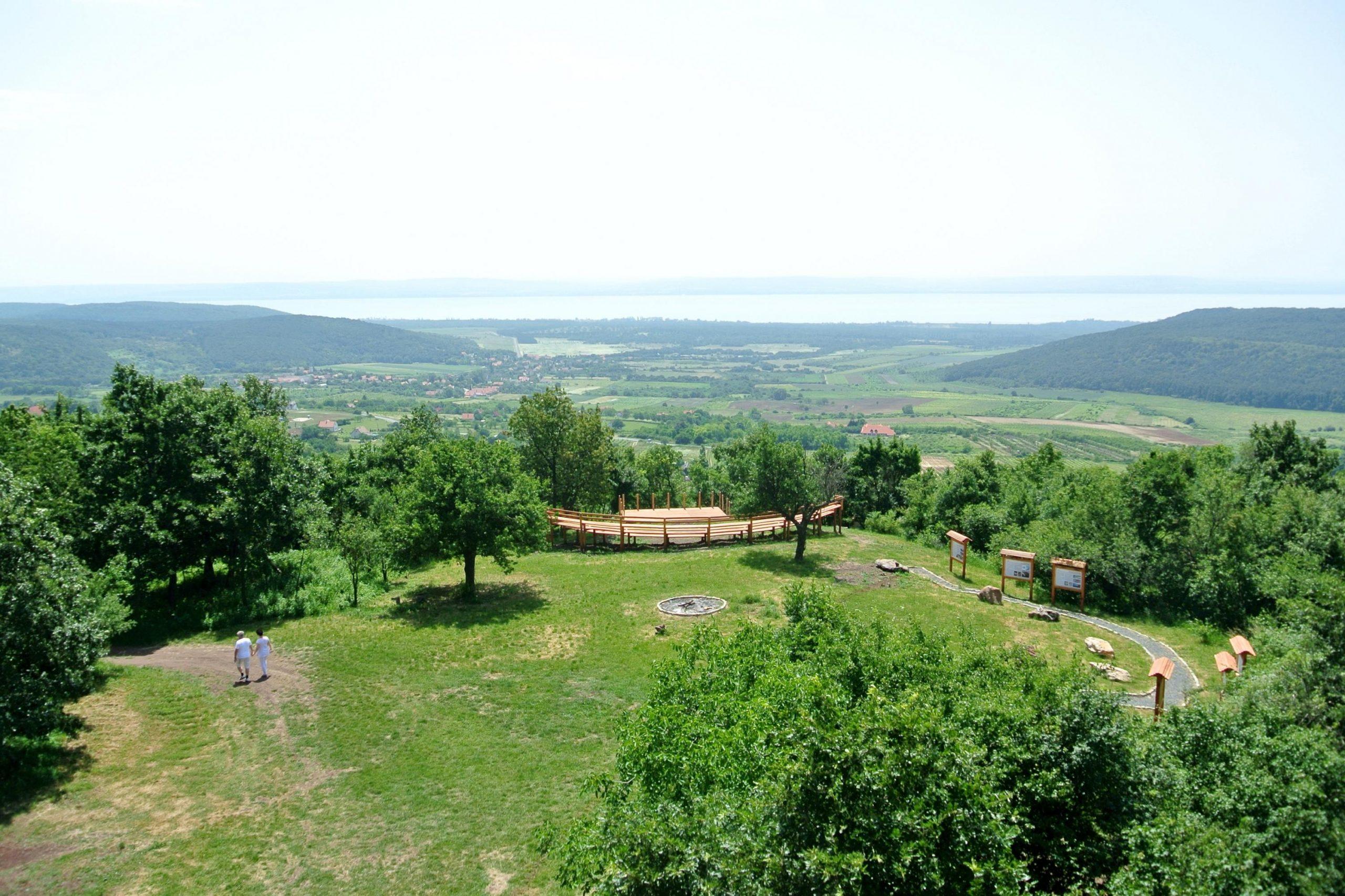 Bakancslistás helyek a Balaton körül – Vulkán tanösvény, Mencshely