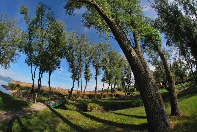 Bakancslistás helyek a Balaton körül – Csicsergő-sziget, Balatonberény