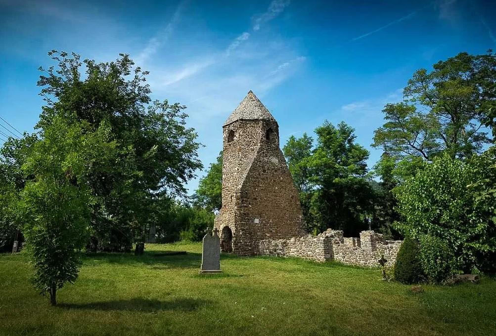 Bakancslistás helyek a Balaton körül – Avasi templomrom, Szigliget