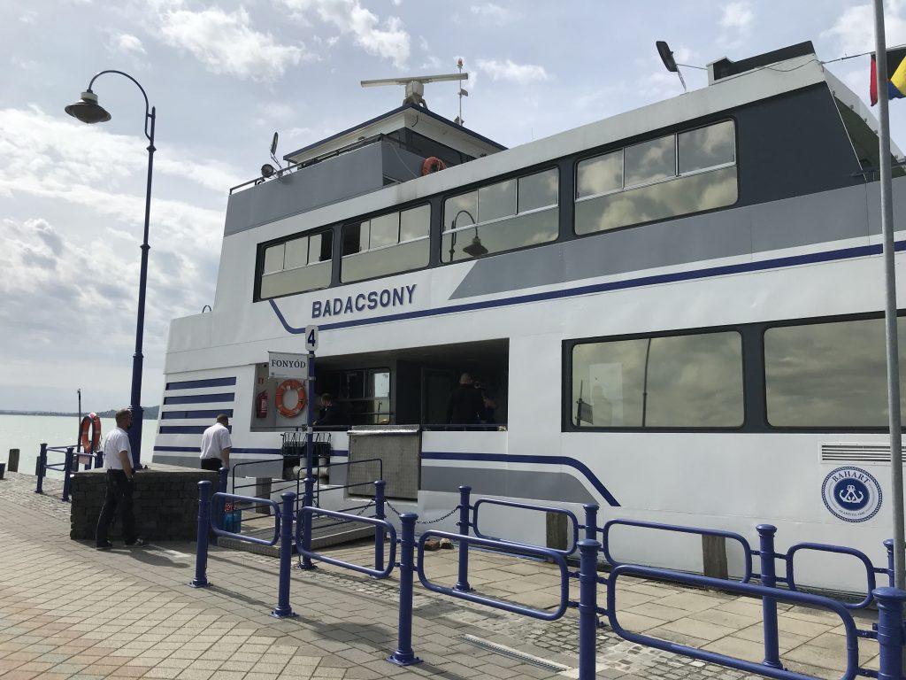 Megújulva tért haza a híres Badacsony hajó