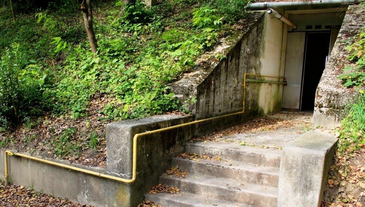 Innen nyílik a titkos, Balaton alatti bunker bejárata?