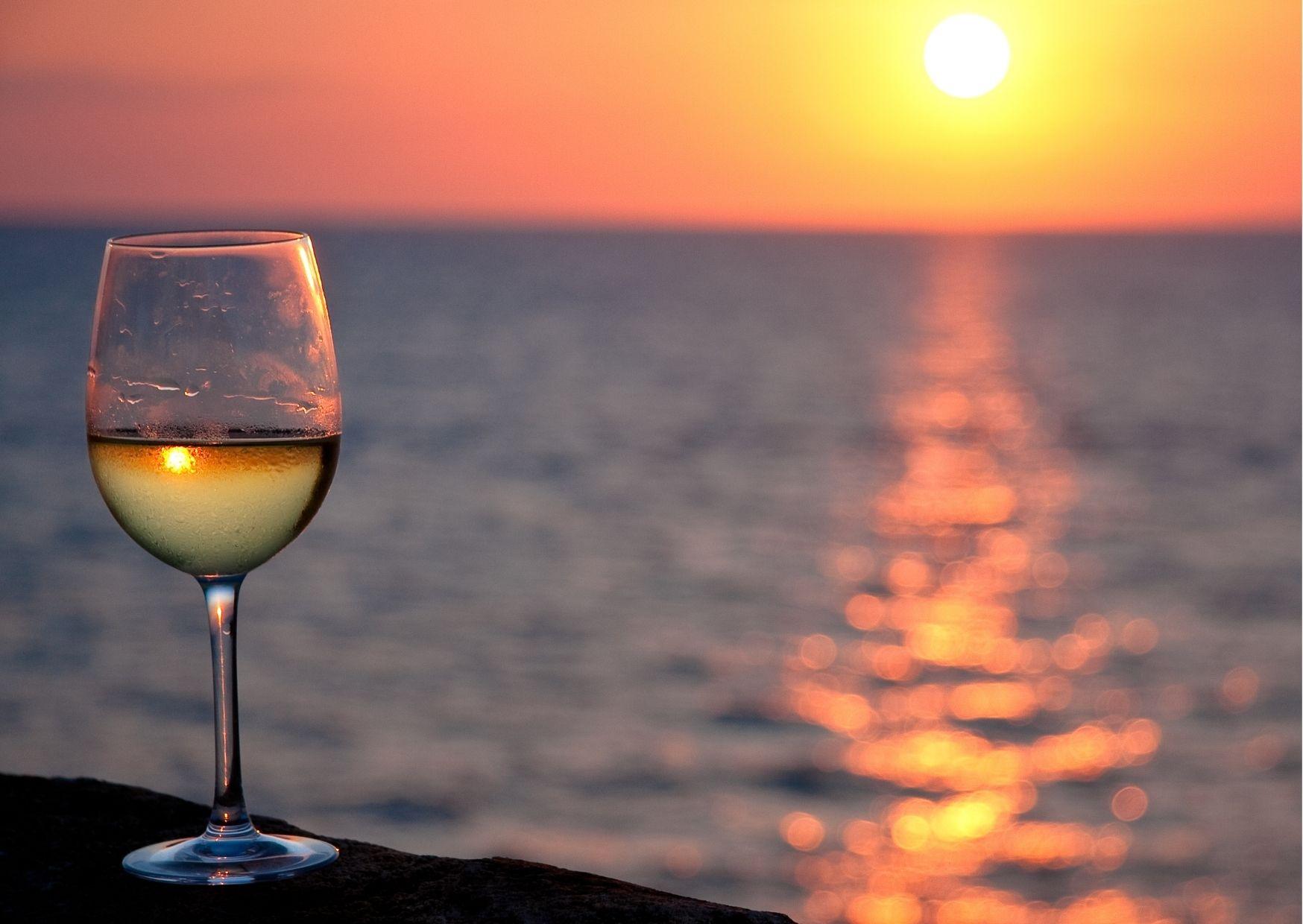 Hat különleges borászat a Balatonon