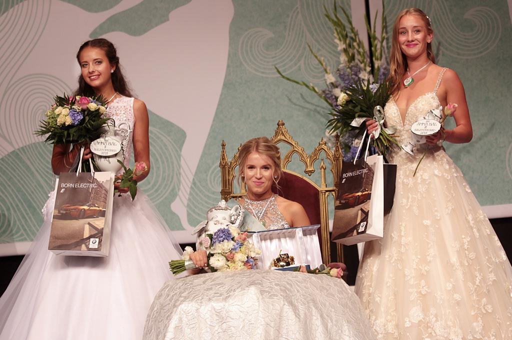 Füredi lány nyerte meg az idei Anna-bál szépe versenyt