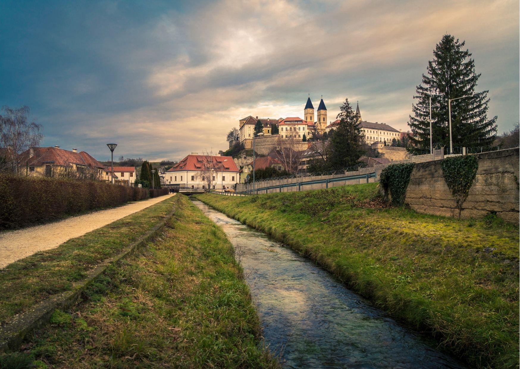 Jelentős szállodafejlesztéssel készül Veszprém az Európa Kulturális Fővárosa programjaira