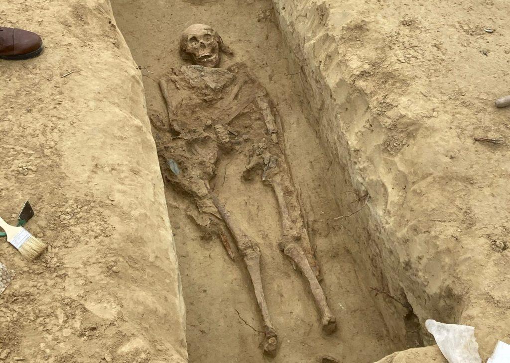 Újabb avar kori sírokra bukkantak a veszprémi elkerülő építése közben