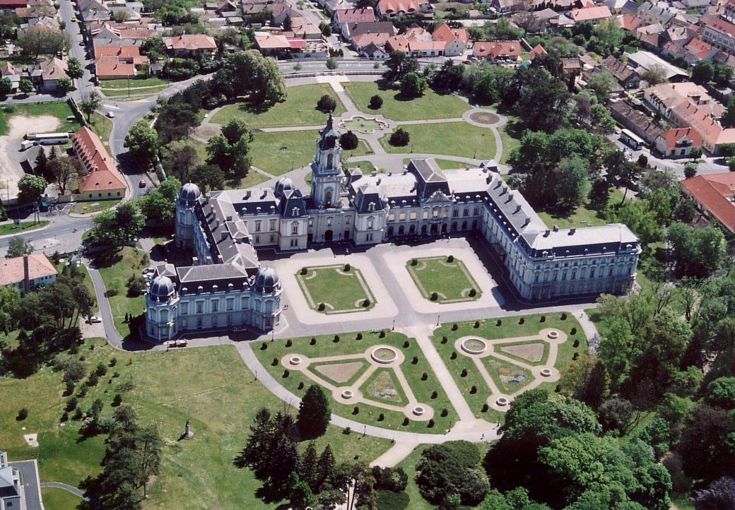 Bakancslistás helyek a Balaton körül – Festetics-kastély, Keszthely